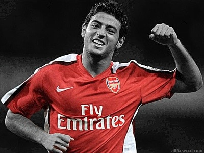 Vela: Arsenal have a clause to buy me back