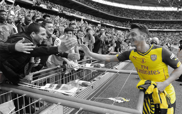 [Video] Arsenal's Mesut Ozil amazes fans in Singapore with wonderful skill