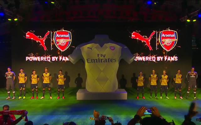 [Video] Arsenal away kit revealed at massive Puma kit launch, with Özil & Cech featuring