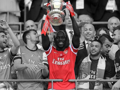 Sagna confirms Arsenal exit, claims it gave him 'headaches'