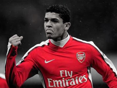 Arsenal News: Denilson free to leave Arsenal after cancelling contract