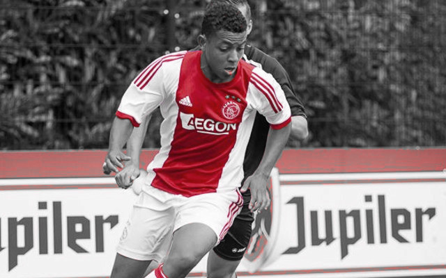 Arsenal complete signing of impressive young Ajax striker