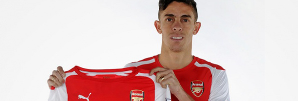 Gabriel Paulista Arsenal shirt 2