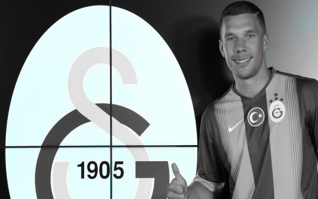 [Video] Lukas Podolski signs off Galatasaray deal by sipping Turkish tea