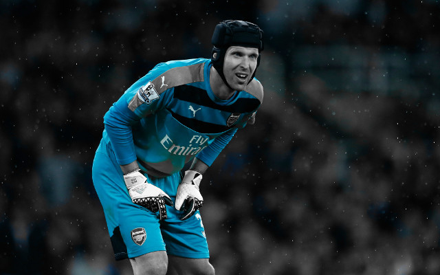 Arsenal's Petr Cech aiming to end Chelsea's title hopes
