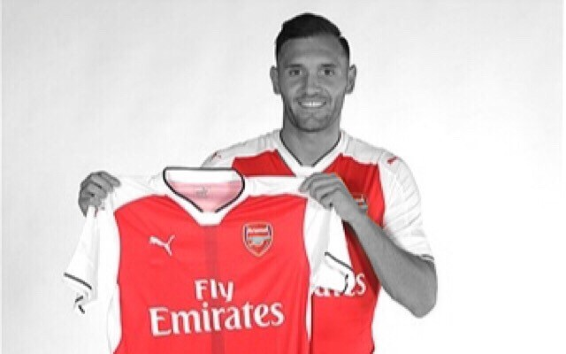 Confirmed: Lucas Perez Shirt Number Revealed