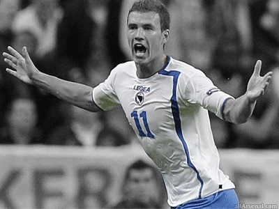 Dzeko & Kalou latest strikers linked with Arsenal – who would you prefer?