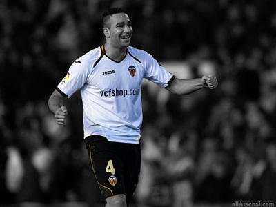 Arsenal join race for Adil Rami