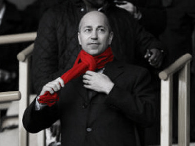 Arsenal deep in transfer talks, claims Gazidis