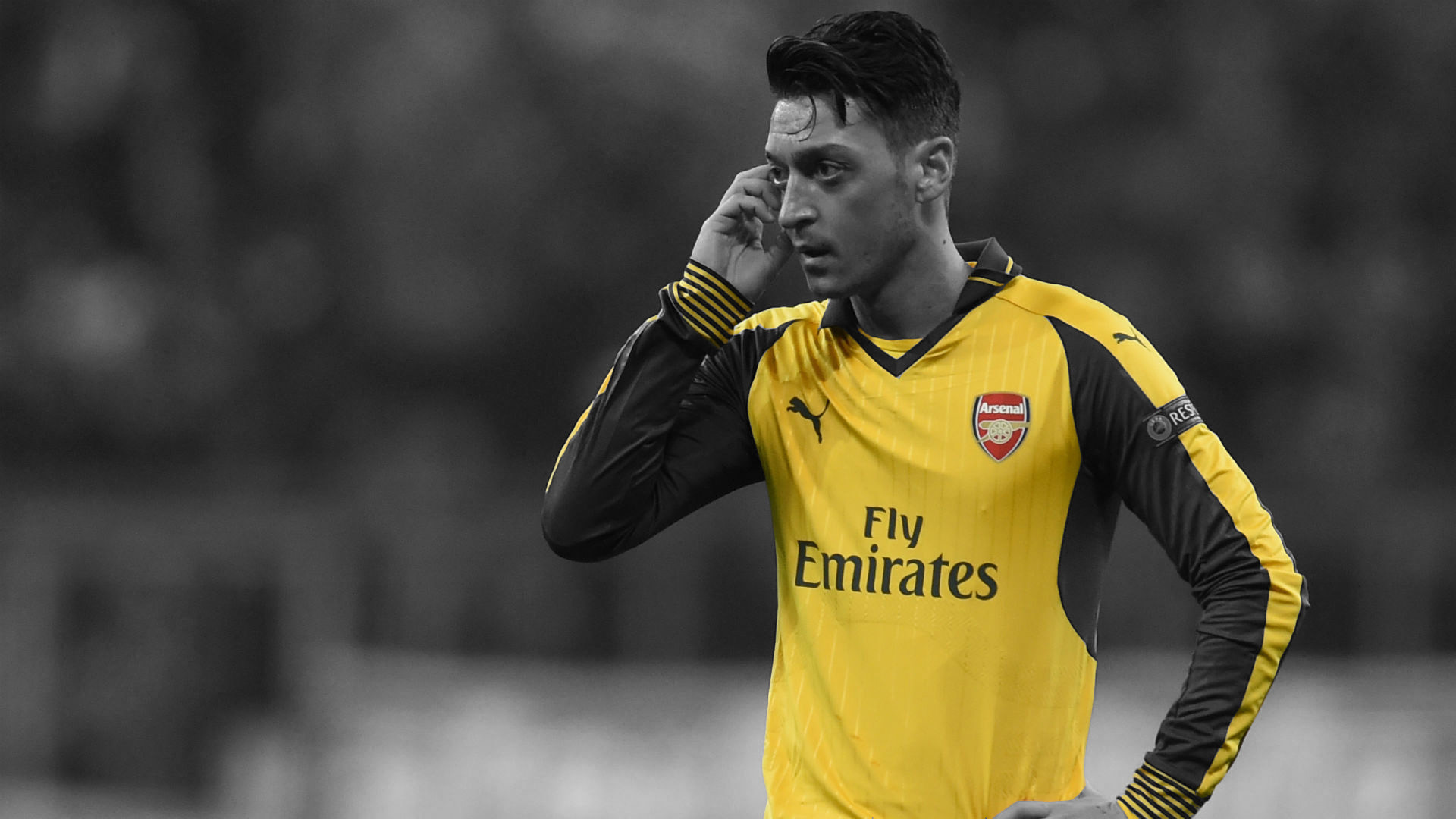 "Martin Keown Says Wenger ""Can't Trust"" Wantaway Mesut Ozil"