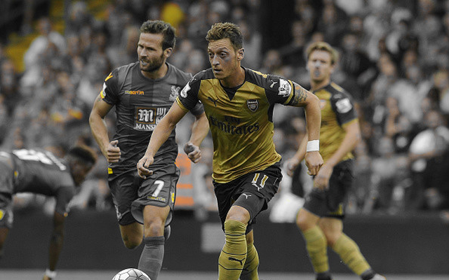 'Absolute team player' Özil wants Arsenal to win titles with him, not because of him