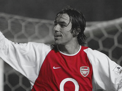 Pires: Arsenal desperately need a new striker